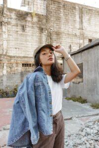 Veste en jean toujours à la mode